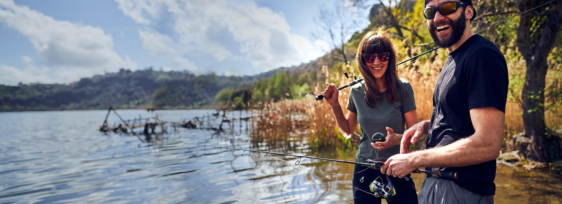 Prendi le tue canne da pesca e goditi la natura in l'italia!Deeper Sonar da €189.99