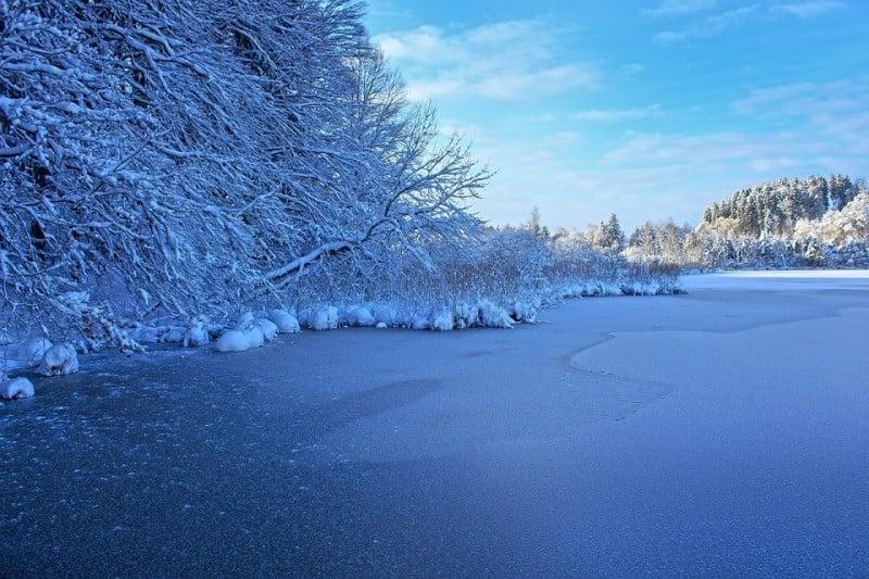 미국 겨울 얼음낚시 조행기 – 파이크와 월아이 낚시