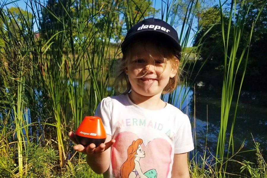 Porta i bambini a pescare con te.  Non è mai troppo presto per iniziare.