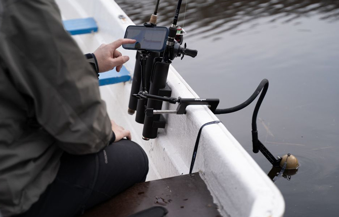 boat fishing with chirp 2